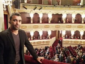 صوره من داخل المسرح القومي اثناء الافتتاح